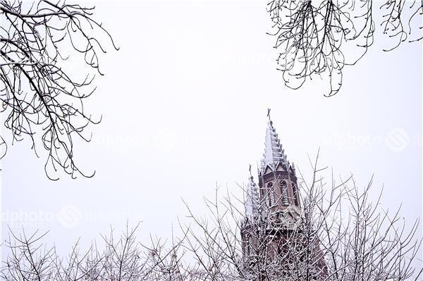 洪楼教堂雪景