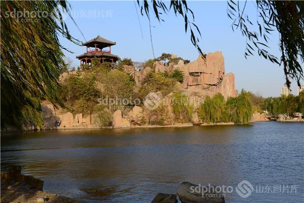 图片关键字:临淄风光,齐园,湖边,风景,景区,临淄