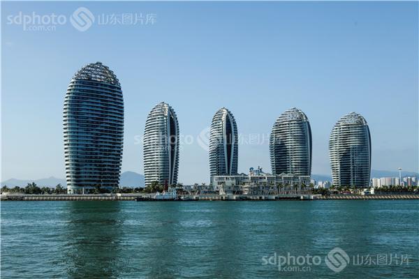 三亚旅游,海南,海南三亚,海南旅游,海滨城市,海面,高楼大厦,海上风光