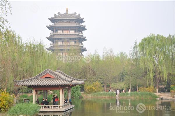 图片关键字:济南,大明湖