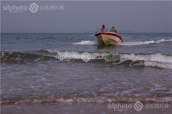 图片关键字:青岛,黄岛,海边,黄昏,风光,风景,海,大海,傍晚,青岛风光