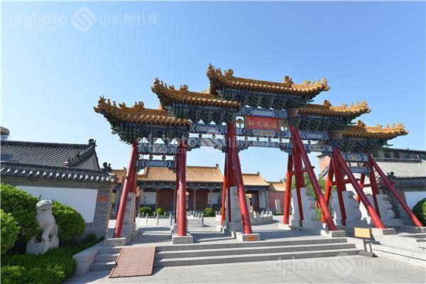 图片关键字:济南文庙,文庙,学府,古建筑,济南,济南府学文庙,府学文庙