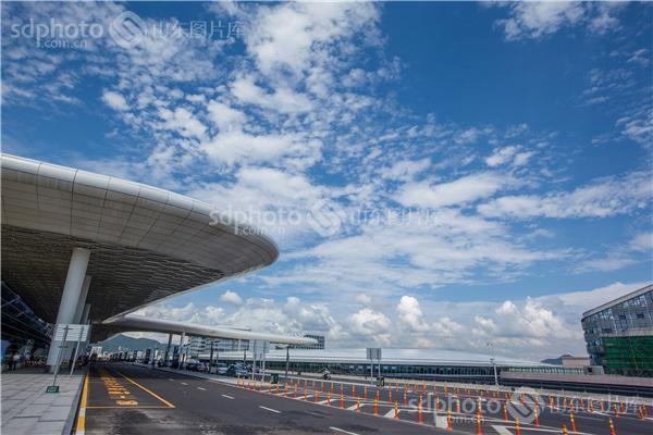 是一个位于中国广东省深圳市宝安区福永街道的国际机场【概要】深圳宝
