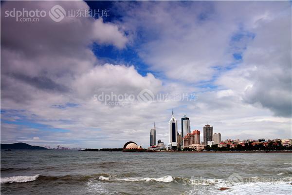组图关键词:青岛,天空,云,云彩,青岛风光,自然风光,海,海边,大海