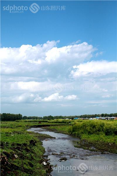 图片关键字:乡村,风景,乡村风光,自然,小溪,溪水,小河,河水,河边