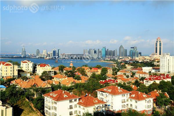 图片关键字:青岛,海洋,大海,海,户外,海边,海滨,城市,建筑,楼房,楼