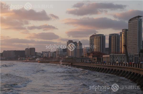 组图关键词:海上日出,朝阳,海面,烟台,旅游城市,海滨城市,海滨,风景