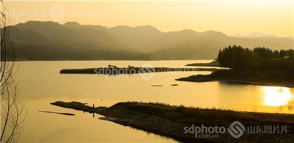 图片关键字:潍坊,青州,王坟镇,黑虎山水库,章庄水库,水库,景色,风景