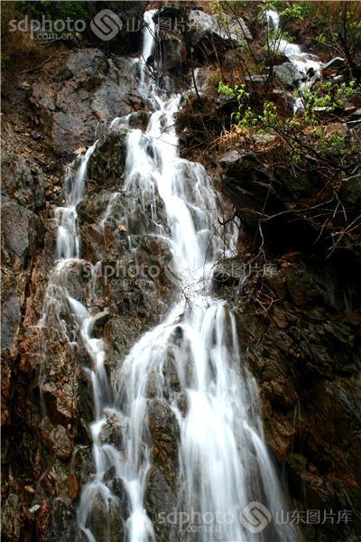 九如山瀑布群风景区