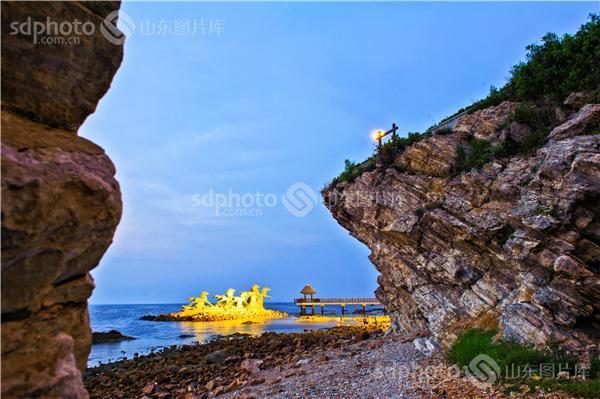 图片关键字:烟台,风光,风景,美景,海滩,养马岛,蓝天,天,人间仙境,山