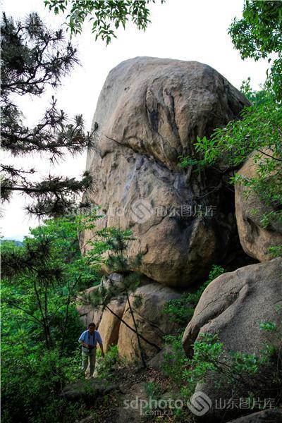 图片关键字:泰安,新泰,山,石头,景区,旅游,墨石山,山区