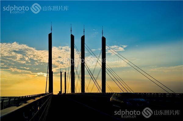 图片关键字:青岛,胶州湾大桥,胶州湾,跨海大桥,大桥,交通,运输,海上