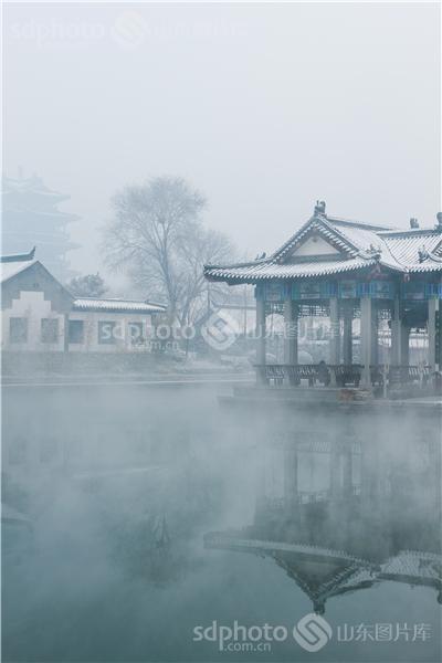 图片关键字:济南,泉城,济南大明湖,大明湖,冬天,冬季,冬,雪景,雪