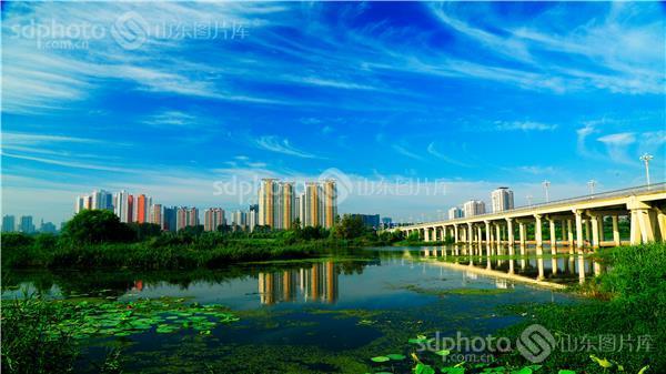 图片关键字:临沂,祊河,风景旅游,建筑,城市建设,城市风光,高楼,楼房
