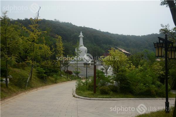 青岛小珠山国家森林公园及菩提寺