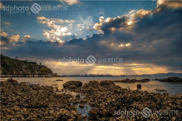 图片关键字:烟台,牟平,养马岛,旅游,云,风光,风光摄影,自然,大自然
