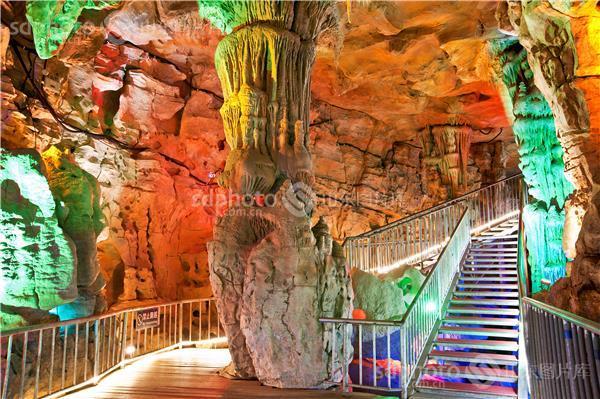 泰安宝泰隆旅游度假区 旅游 度假 休闲 景区 景点 泰山地下大裂谷