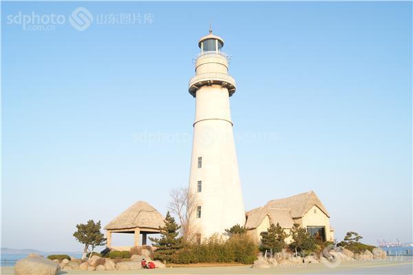 威海经区的悦海灯塔