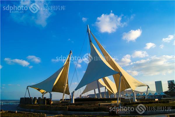 威海高区海水浴场大白帆广场
