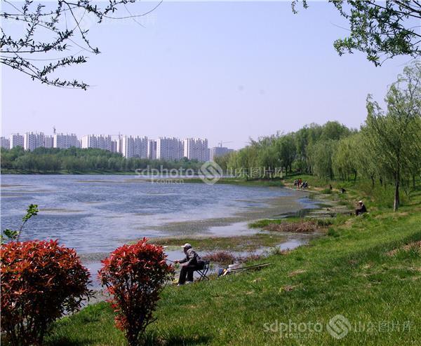 图片关键字:聊城 徒骇河 春色 春天 春季 风景 旅游 滨河 风光 江北