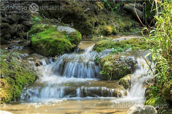 图片关键字:山东生青州市,青州市北崔崖,北崔崖,瀑布,溪流,流水,小溪
